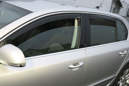 Windabweiser-Set für hintere Seitenfenster, passend für Superb II