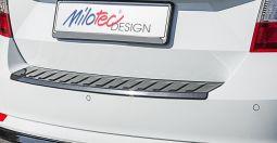 Milotec - Ladekantenschutz, passend für Rapid Spaceback, ABS schwarz Klavierlack