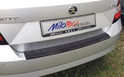 Milotec - Ladekantenschutz, passend für Fabia III Lim. - ABS schwarz Klavierlack