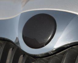 Milotec - Emblem-Abdeckung, vorne schwarz metallic