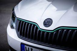 Milotec - Racing Streifen, passend für Fabia III -- grün
