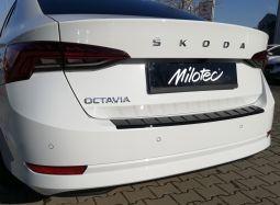 Milotec - Ladekantenschutz passend für Octavia IV Limousine + RS Limousine, ABS Klavierlack schwarz